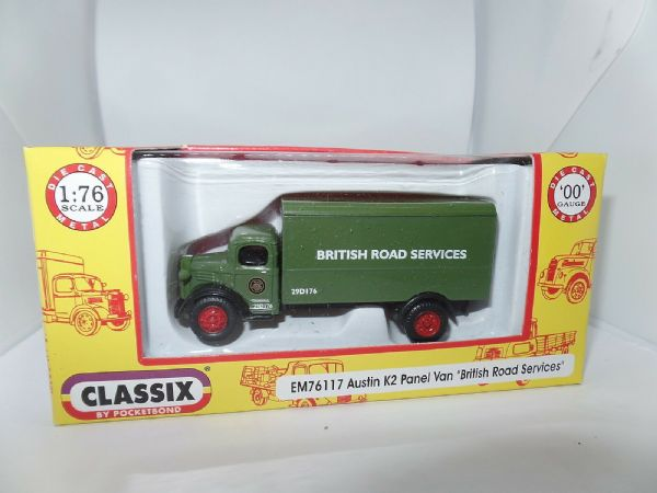 Classix EM76117 1/76 OO Scale Austin K2 Panel Truck British Road Services BRS
